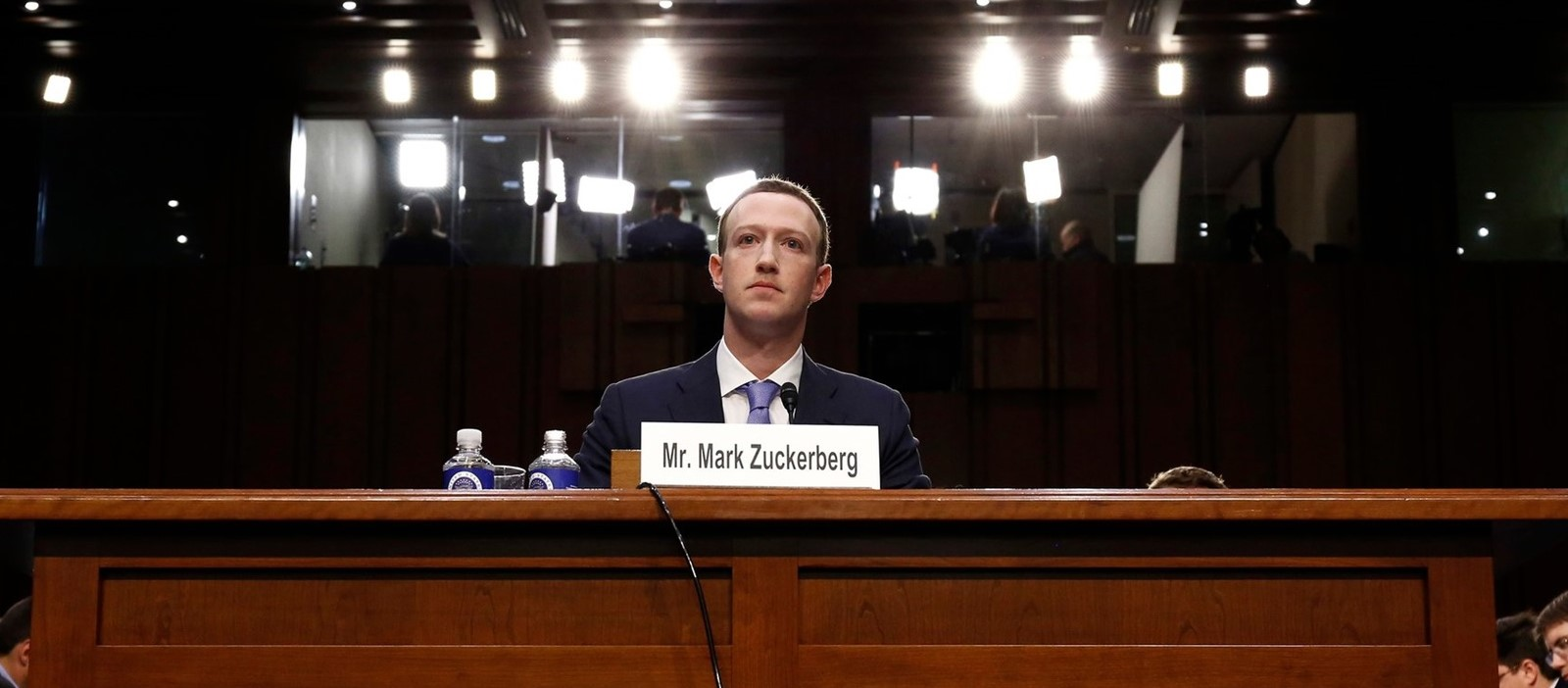 As Facebook Raised a Privacy Wall, It Carved an Opening for Tech Giants